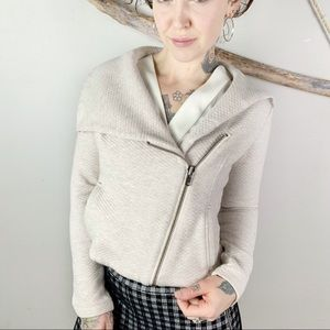 CAbi Cropped Moto Scooter Quilter Jacket